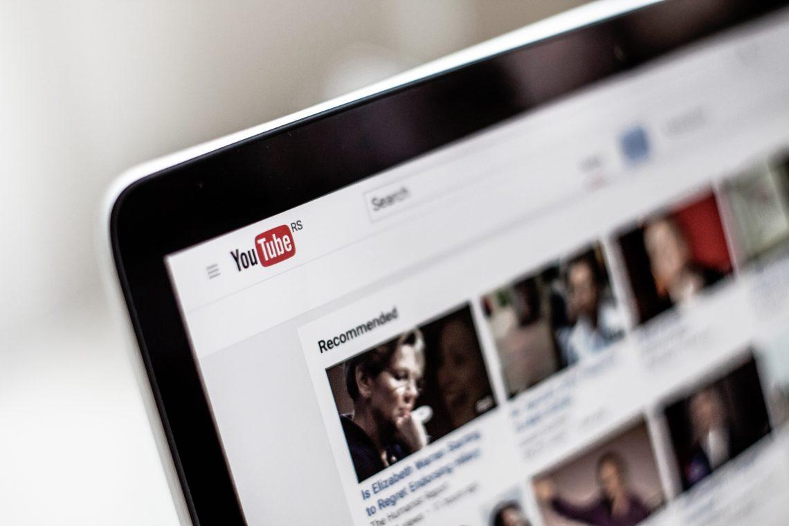 youtube completa 15 anos